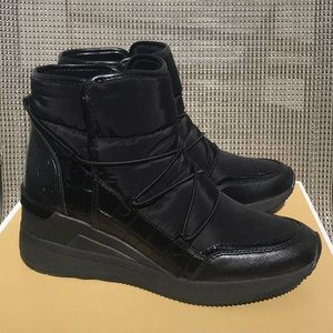 Michael Kors Black Lula booties 8.5